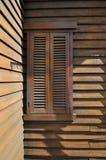 Ventana de madera en la esquina Imagen de archivo libre de regalías