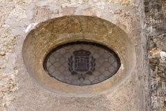 Ventana de Oculus en el monasterio de Sant Cugat Fotografía de archivo libre de regalías