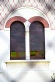Ventana de Rose Italia Lombardía en la iglesia vieja del abbiate Foto de archivo libre de regalías