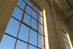 Ventana de Warehouse imagen de archivo libre de regalías