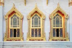 Ventana de Wat Benchamabophit en Bangkok, Tailandia imagenes de archivo