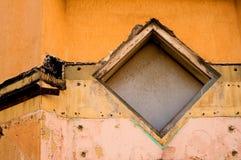 Ventana del diamante de Grunge foto de archivo libre de regalías