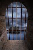 Ventana del Dungeon Foto de archivo libre de regalías