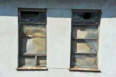 Ventana del edificio abandonado Fotografía de archivo