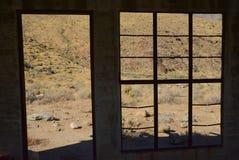 Ventana en el desierto Foto de archivo libre de regalías