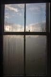 Ventana en mojado-aire de la mañana foto de archivo libre de regalías