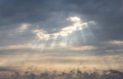 Ventana en tejado de las nubes Fotografía de archivo