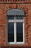 Ventana gótica del ladrillo Imagen de archivo libre de regalías