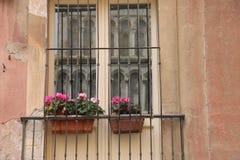 Ventana italiana típica Foto de archivo libre de regalías