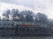 Ventana lluviosa en la estación de tren Fotos de archivo libres de regalías