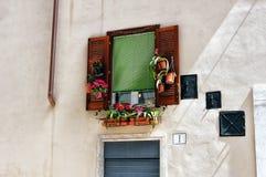 Ventana romana Fotografía de archivo libre de regalías