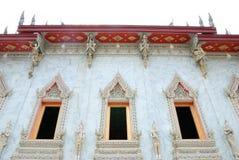 Ventana tailandesa tradicional de la iglesia del estilo imágenes de archivo libres de regalías