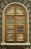 ventana vieja hermosa Fotografía de archivo libre de regalías