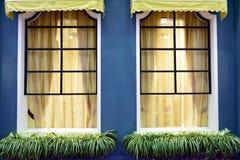 Ventana y cortina foto de archivo libre de regalías