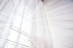 Ventana y luz Imagenes de archivo