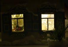 Ventanas brillantes del Año Nuevo en la noche Imagen de archivo