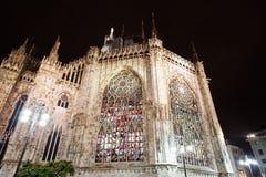 Ventanas de cristal manchadas iluminadas, Milano Foto de archivo libre de regalías