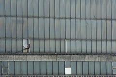 Ventanas de la fábrica Fotos de archivo libres de regalías