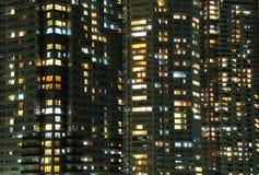 Ventanas de la noche Foto de archivo libre de regalías