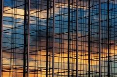 Ventanas de la oficina Imagenes de archivo