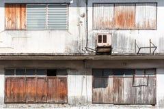 Ventanas de madera cerradas fotografía de archivo libre de regalías