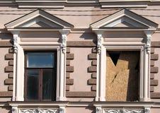 Ventanas del estilo del Classicism foto de archivo libre de regalías