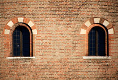 Ventanas medievales, detalles de la configuración Fotos de archivo libres de regalías