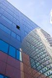 Ventanas reflectoras de la oficina Fotografía de archivo