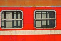 Ventanas viejas del tren fotos de archivo
