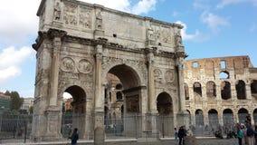 Ventanas viejas hermosas en Roma (Italia) Fotos de archivo libres de regalías