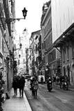 Ventanas viejas hermosas en Roma (Italia) Vía del Corso Imagen de archivo