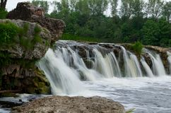 "Ventas在KuldÄ ""ga,拉脱维亚的仑巴舞瀑布 免版税库存图片"