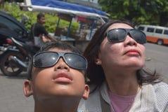 Ventas de los vidrios del eclipse solar Imagen de archivo libre de regalías