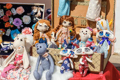 Vente d'exposition des poupées Photo stock