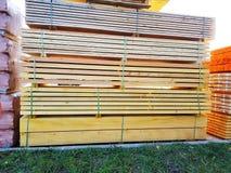 Vente d'un paquet de faisceaux en bois Photo libre de droits