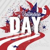 Vente de jour de vétérans Honorant tous ce qui ont servi Fond abstrait avec le drapeau américain et les étoiles Image libre de droits