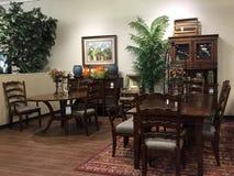 Vente de meubles de pièce de Dinning photographie stock libre de droits