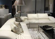 Vente de meubles de salon images stock