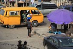 Venter op de straat van Lagos Royalty-vrije Stock Afbeeldingen