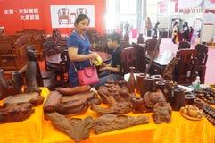 Ventes d'exposition de meubles de bois de rose Image libre de droits