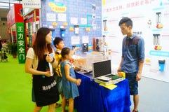 Ventes d'exposition des dispositifs de purification d'eau photos libres de droits