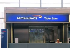 Ventes de billet d'aéroport de BA Images libres de droits