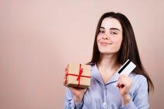 Ventes de vacances, livraison de magasin et achats en ligne photographie stock