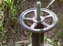 Ventil auf der Wasserleitung Lizenzfreies Stockfoto