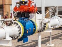 Ventil för kontroll för sugning för naturgaskompressor arkivbilder