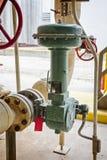 Ventil för Pneunatic flödeskontroll för industriell raffinaderi eller kemisk växt Fotografering för Bildbyråer