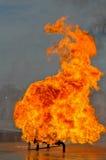 Ventil på brand med höga flammor Arkivbilder