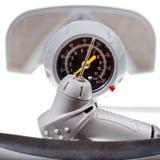 Ventil und Manometer des manuellen Luftpumpeabschlusses oben Lizenzfreie Stockfotografie