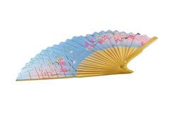 Ventilador azul del papel chino con un modelo imágenes de archivo libres de regalías