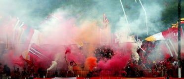 Ventiladores de futebol imagens de stock royalty free